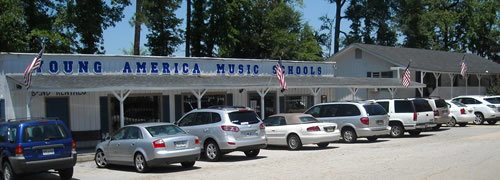 Macon & Middle Georgia's best music store - guitars, banjos, mandolins, keyboards, strings, band instrumetns, orchestral instruments and more!